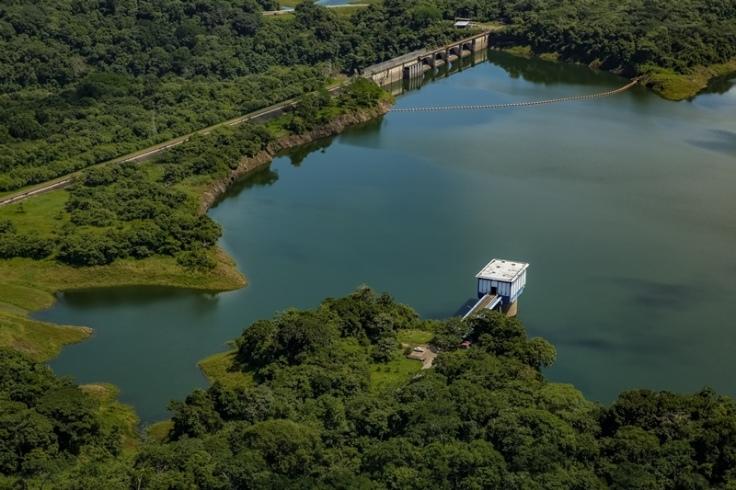 Lago Alhajuela