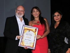 Primer Premio-Categoría Arte Digital Zoila E. Tapia