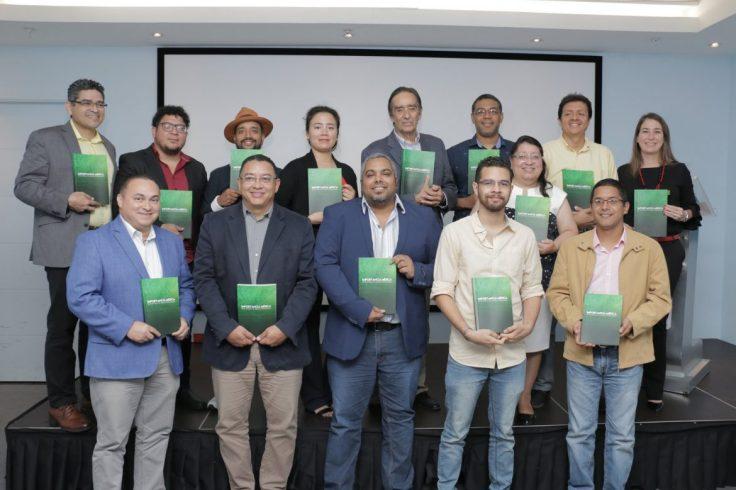 m_Autores-y-compiladores-del-libro-Importancia-Médica-de-la-Flora-y-la-Fauna-Panameña-1-1170x779